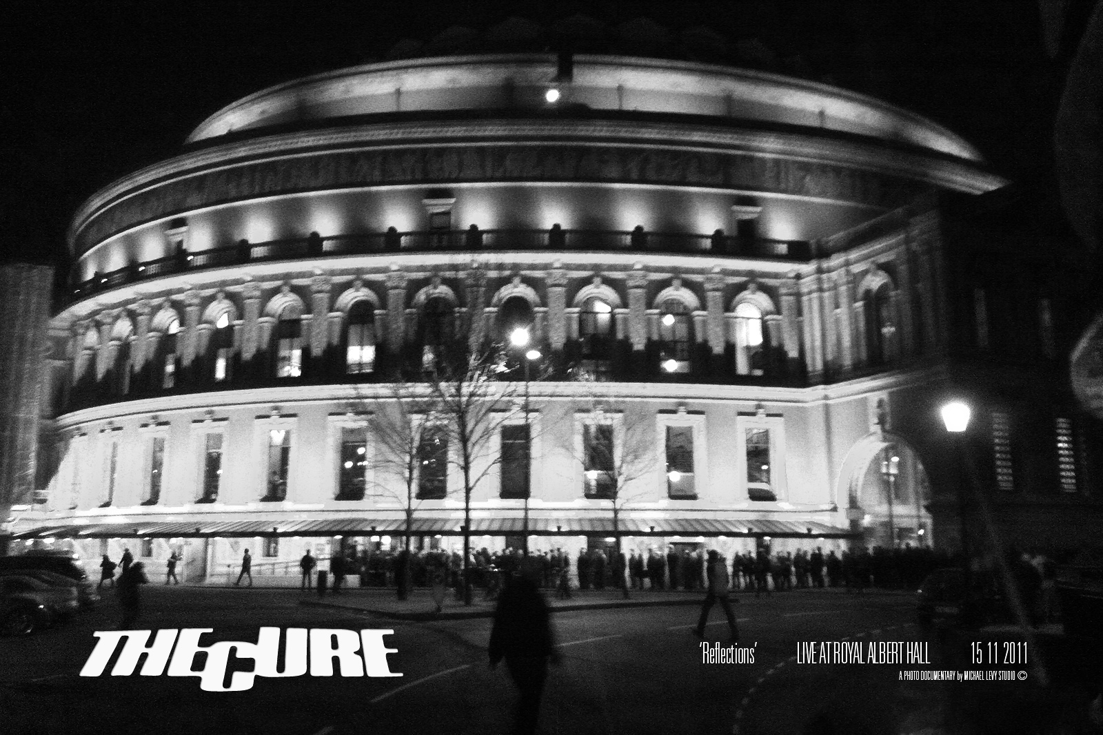 Stunning photos from the cure reflections gig at the royal for Door 12 royal albert hall