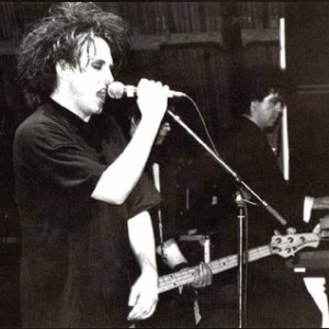 cure-glastonbury-1986-2